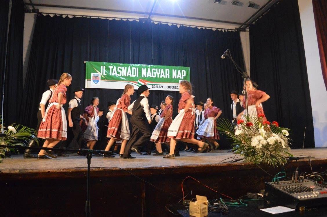 Szilágyszéri Kukurók néptáncegyüttes gyermek- és ifjúsági csoportja
