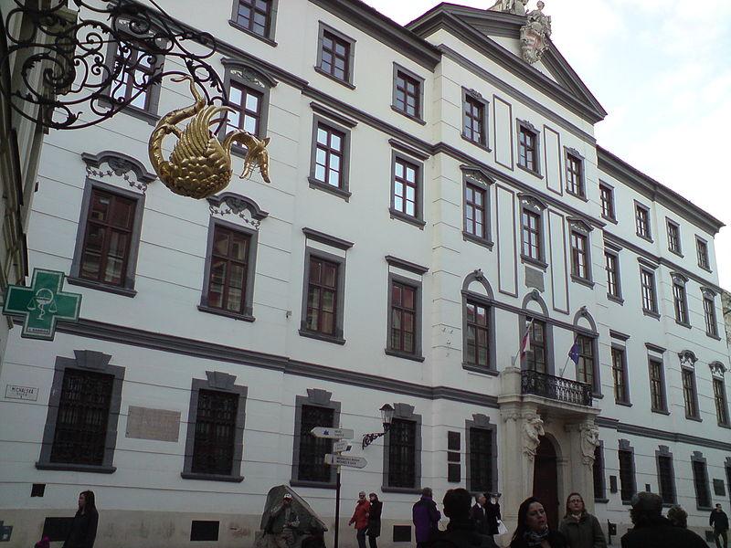 A Magyar Királyi Kamara épülete Pozsonyban, itt tartották az országgyűléseket 1802-1848 között