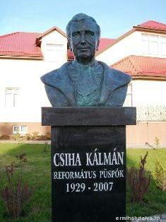 Csiha Kálmán szobra