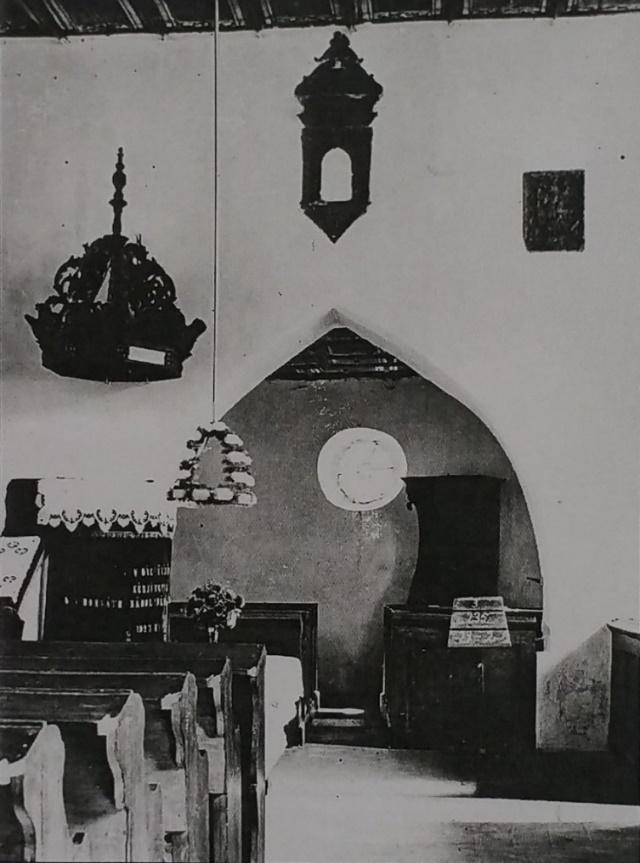 Ismeretlen időpontban készült fotó a szentségtartó fülkével