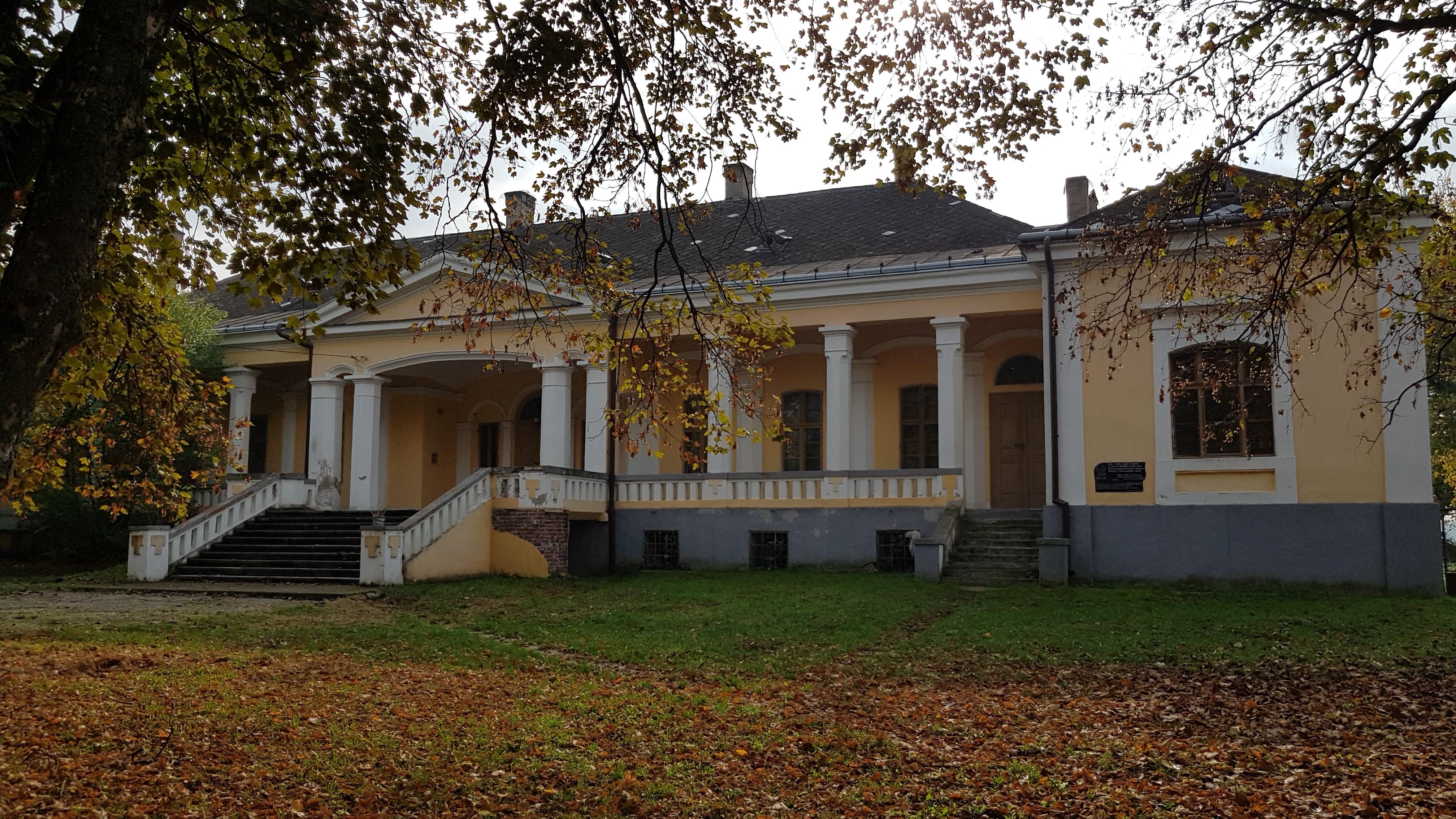Kováts-kúria
