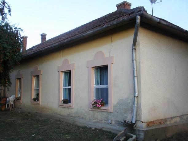 A szülőház hátulról