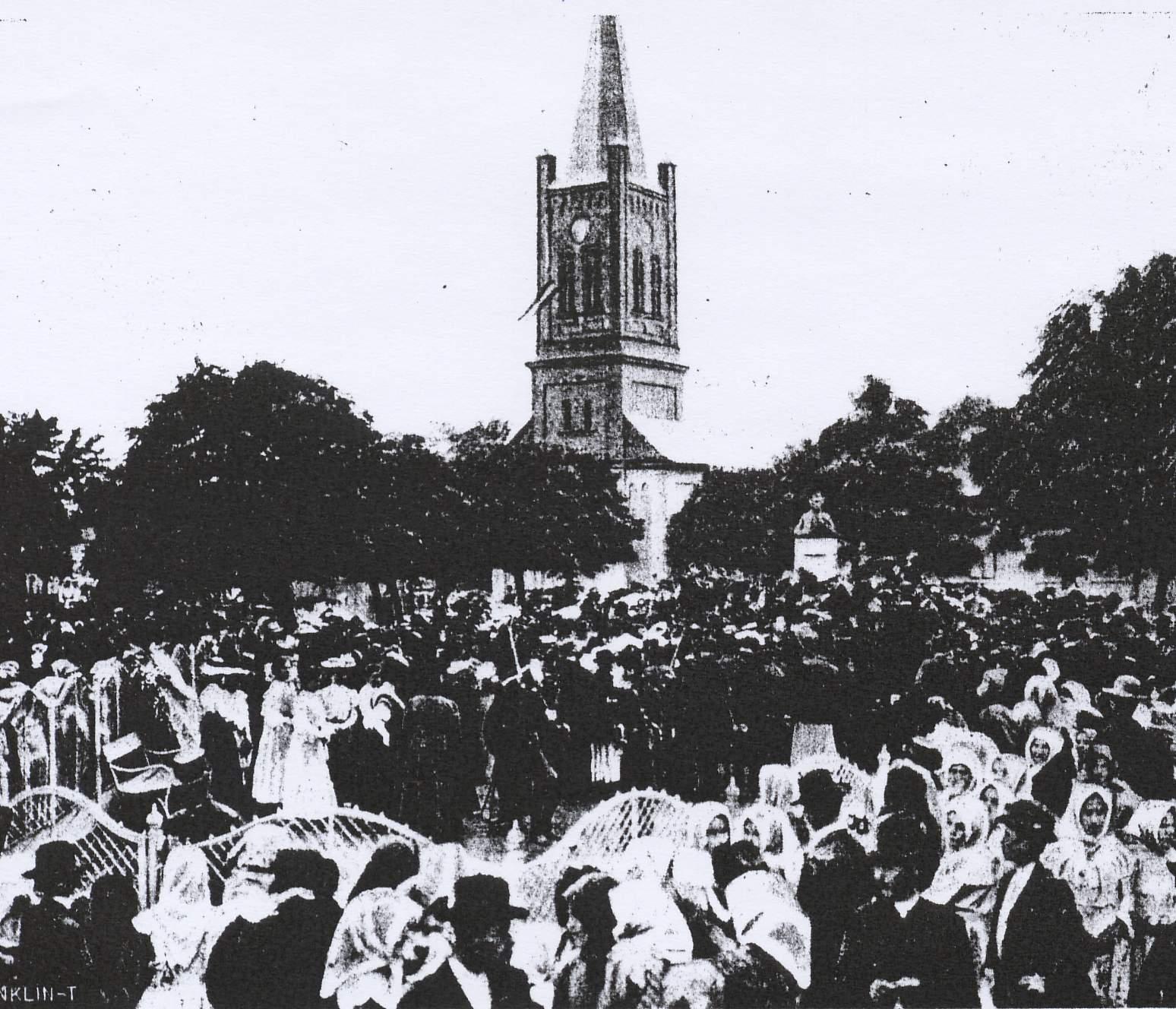 Kazinczy mellszobrának 1907. évi avatása