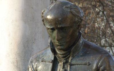 Mátészalka, Kölcsey tér, Kölcsey park (Bíró Lajos, 1998, bronz)