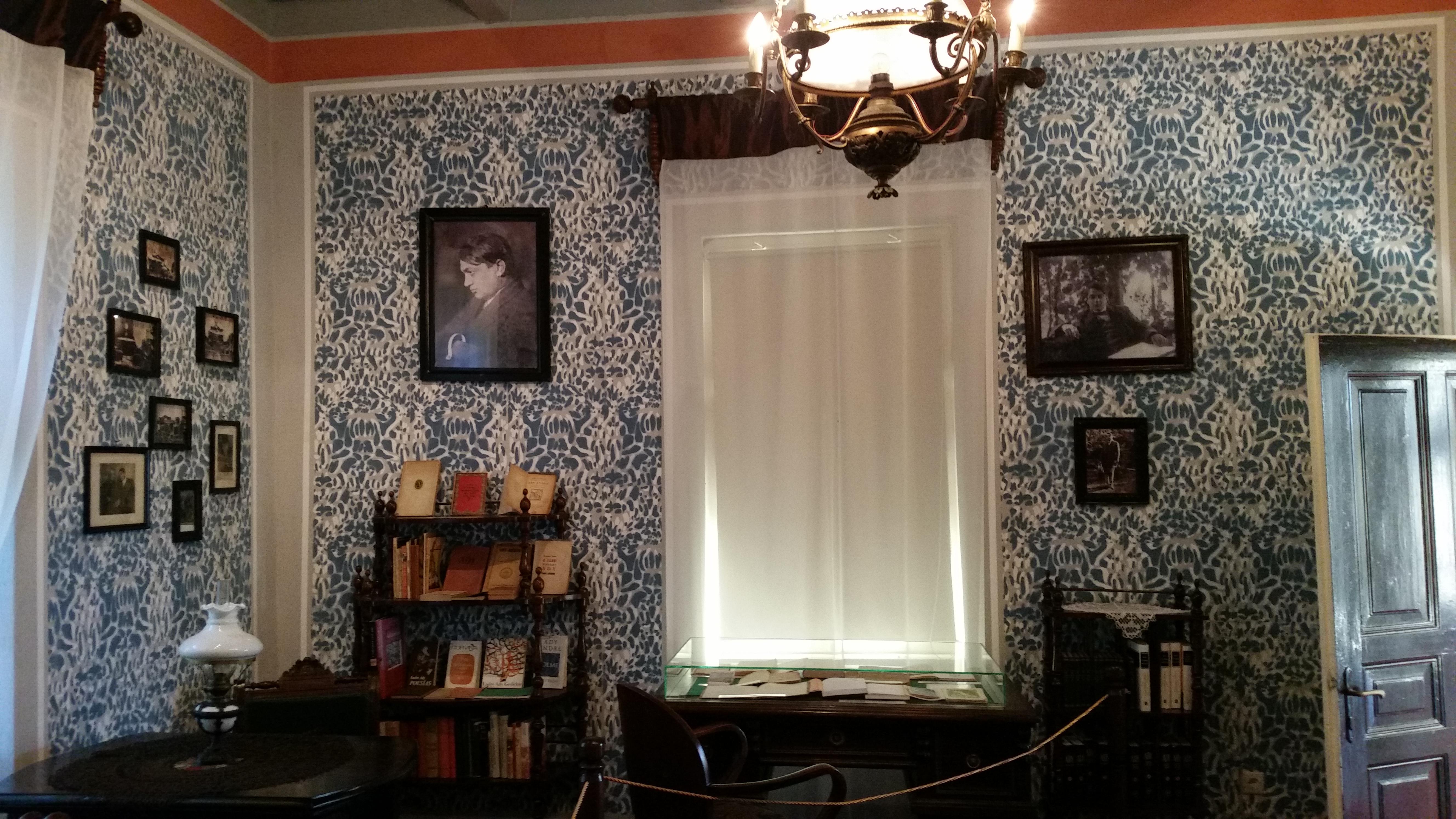 A költő dolgozószobája